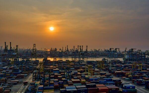 شركات نقل بضائع من الكويت إلى قطر